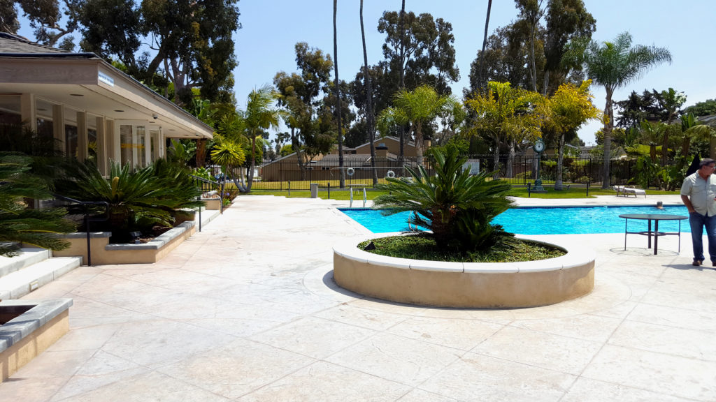 Condo Pool Area Huntington Beach Ca Extreme Backyard Designs