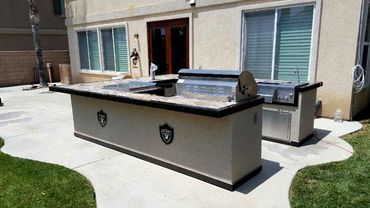 at extreme backyard designs we have over 30 years of experience building designing and building custom bbq islands we have built bbq islands for - Bbq Islands