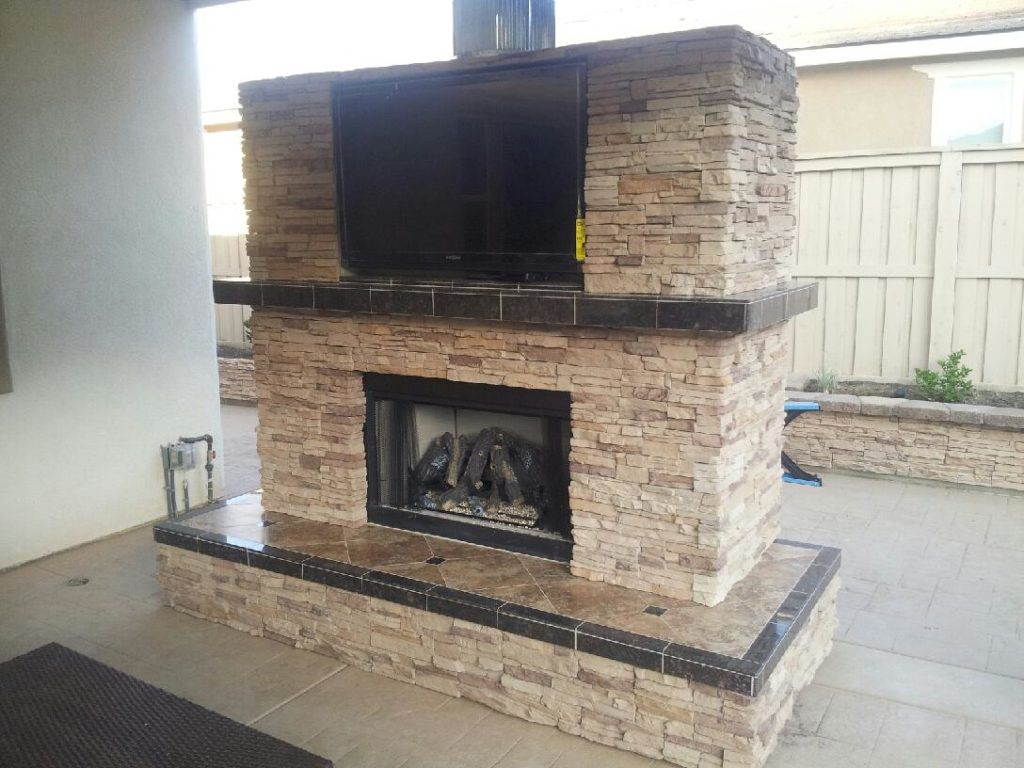 Custom Fireplaces - Extreme Backyard Designs