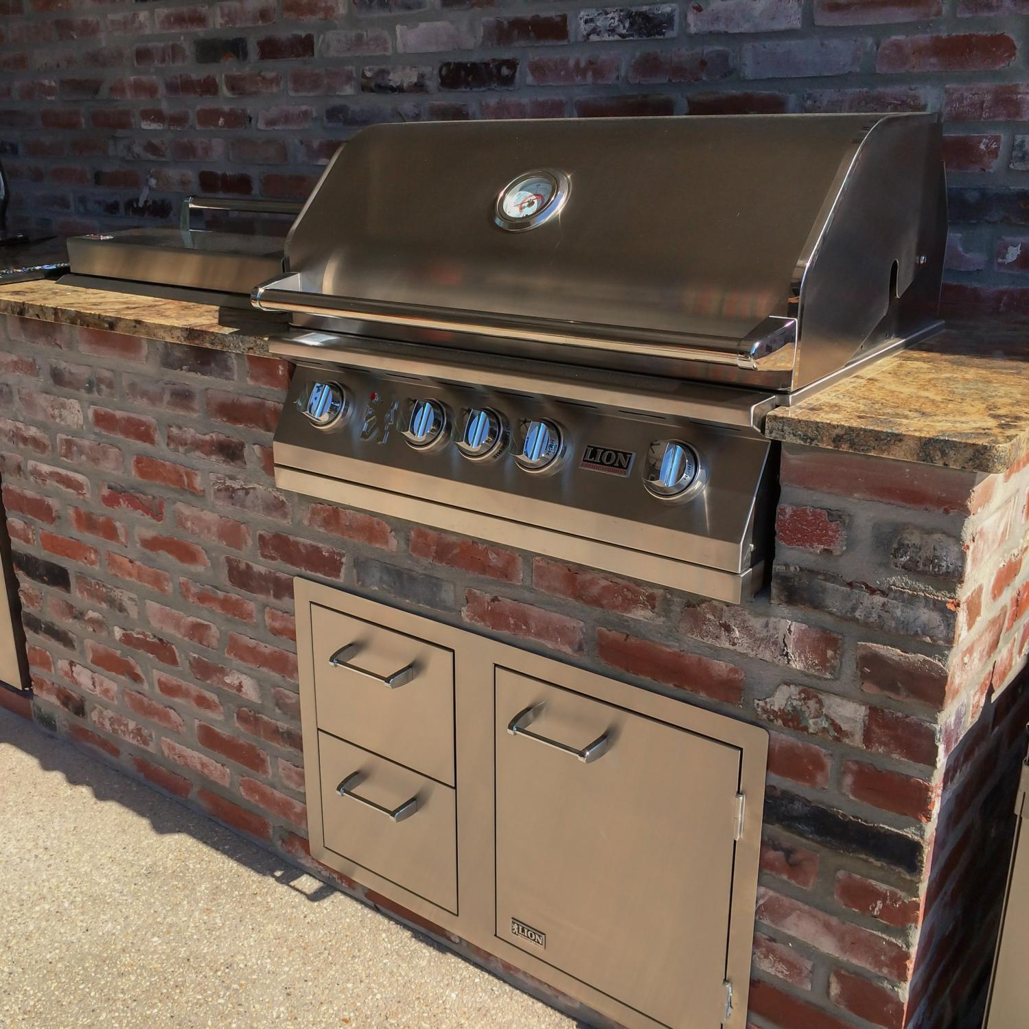 Lion 32-Inch Built-In Gas Grill - L75000 Stainless Steel ...