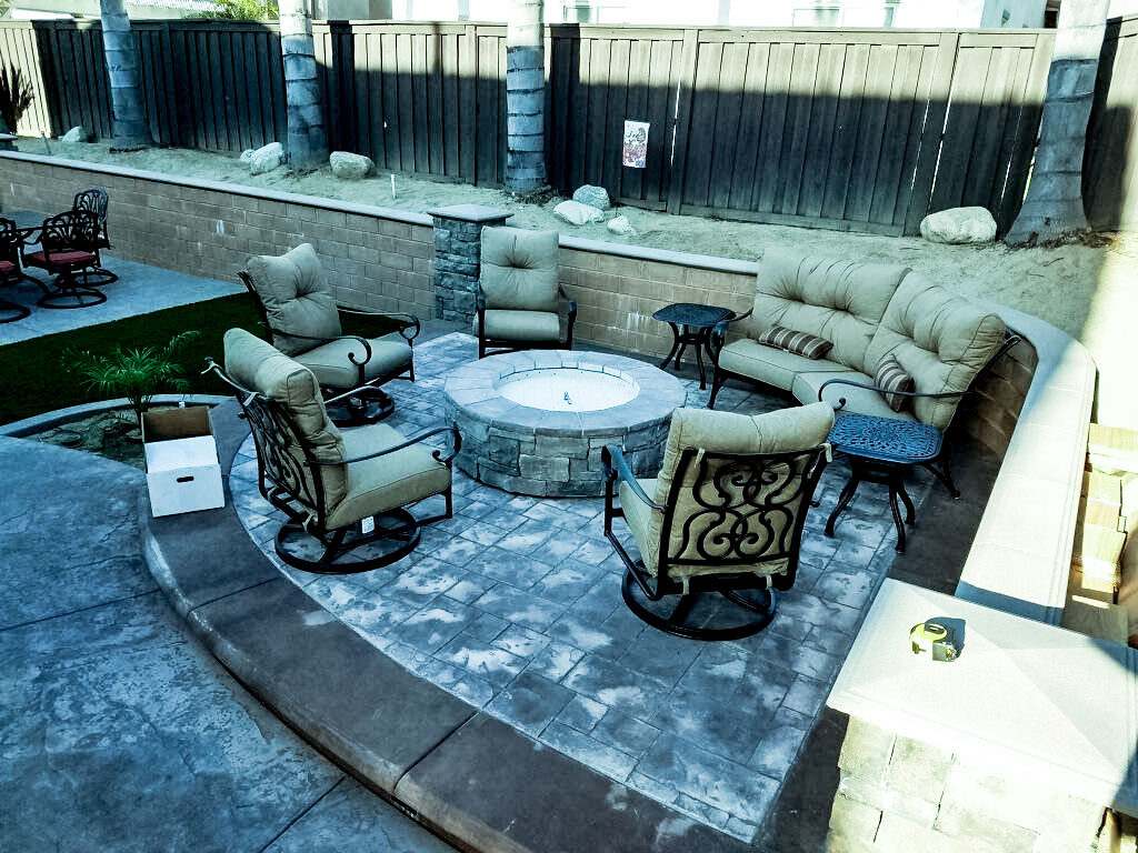 Fire Tables - Extreme Backyard Designs